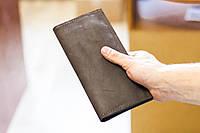 Кожаный мужской кошелек портмоне из натуральной кожи ручной работы Revier коричневый для денег и телефона