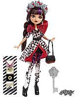 Кукла Сериз Худ Несдержанная Весна (Spring Unsprung Cerise Hood Doll)
