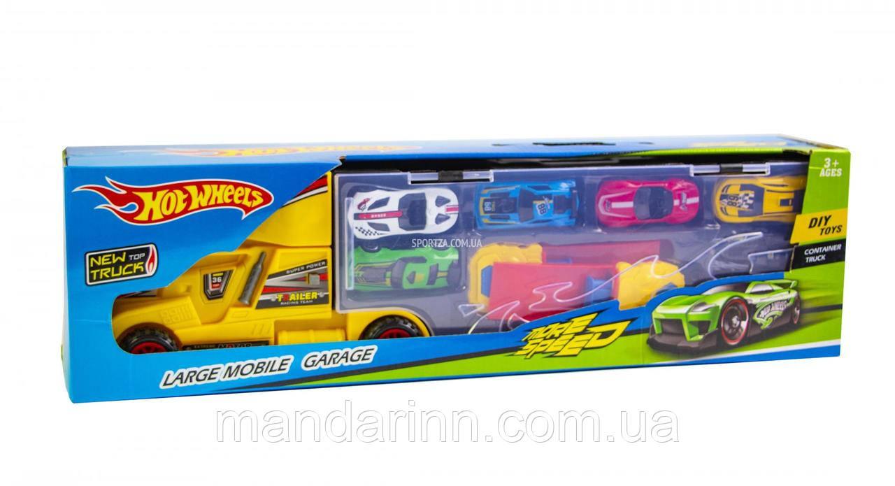Игровой набор Hot Weels грузовик большой - Трейлер + 6 машинок и дорожные знаки