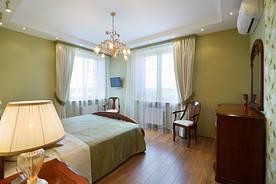 Матовые потолки в спальне