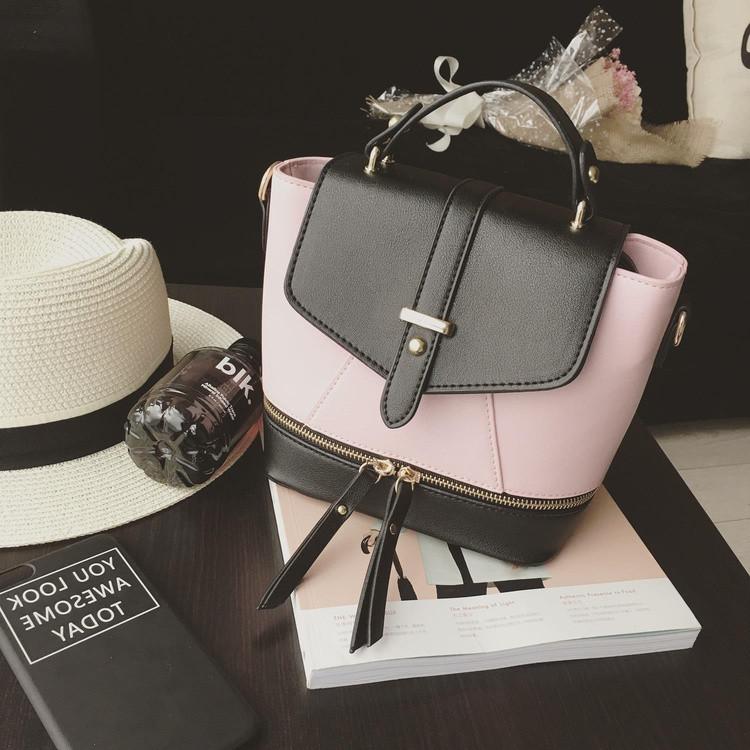 Городской женский рюкзак черный с розовым