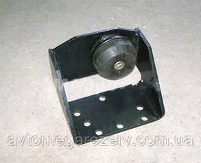 Кронштейн опори двигуна бічний задній правий 643008-1001044 (МАЗ)