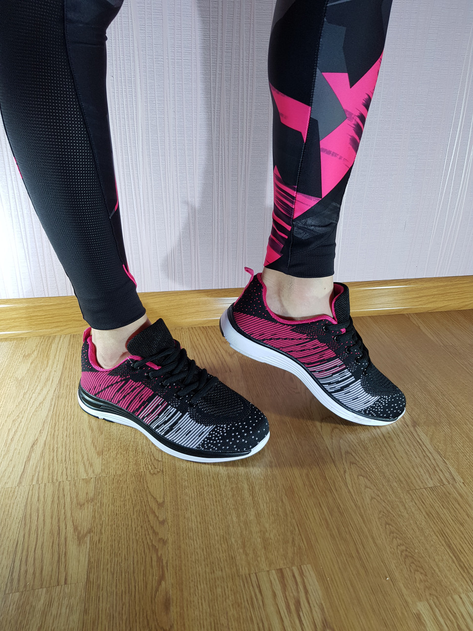 Кросівки Venus Run Black 1