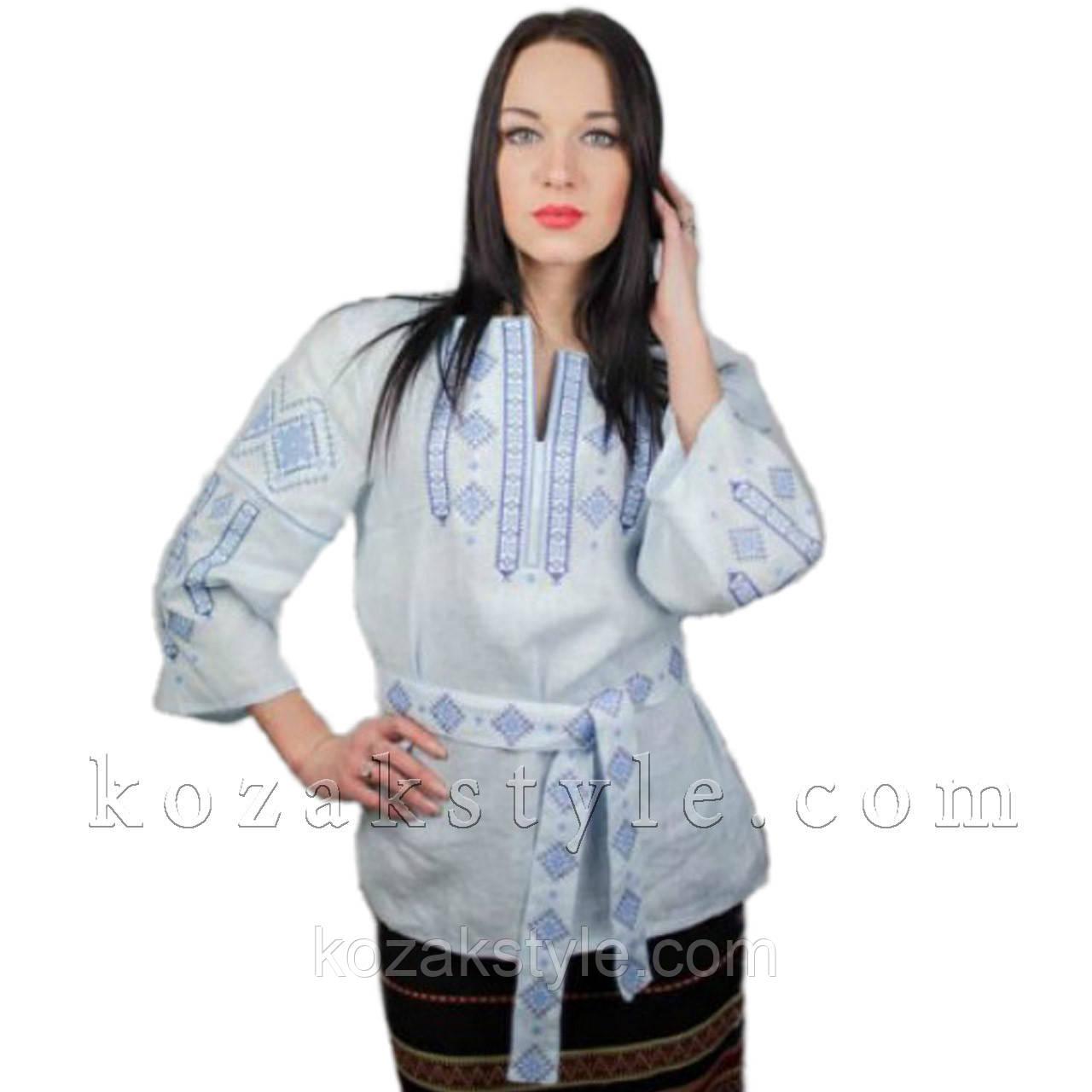 Традиційна жіноча вишиванка блакитна