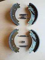 Тормозные колодки КНОТТ  F200,  на ось1300кг