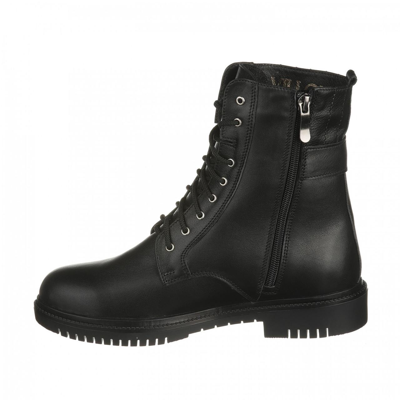 Не высокие женские ботинки на шнуровке черного цвета, кожа