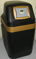 Умягчитель кабинетного типа с регенерацией по расходу CS9H 0815+BNT 2650F Raifil