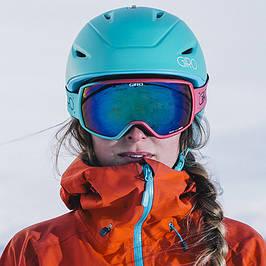 Горнолыжные шлемы женские