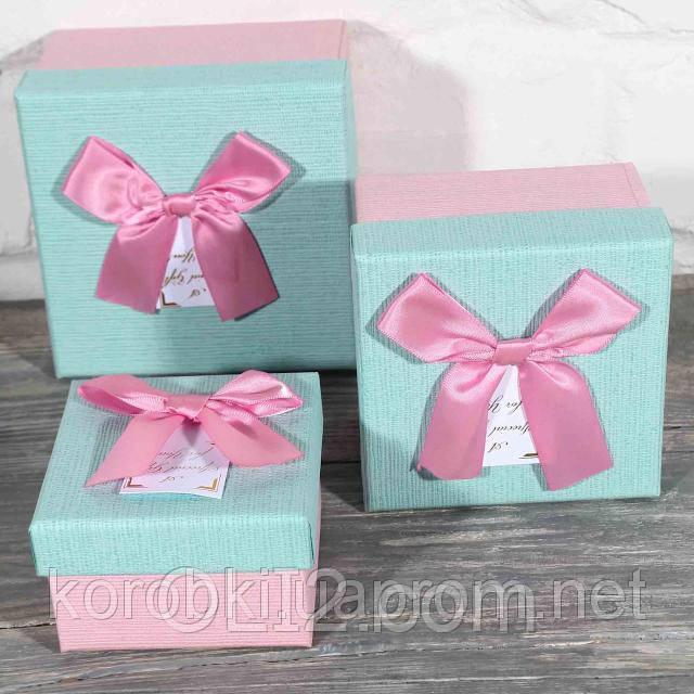 Коробка подарочная квадратная