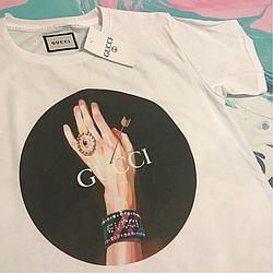 Gucci. Классная белая футболка. Бирки