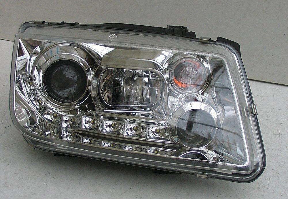 Volkswagen Bora оптика передняя хром