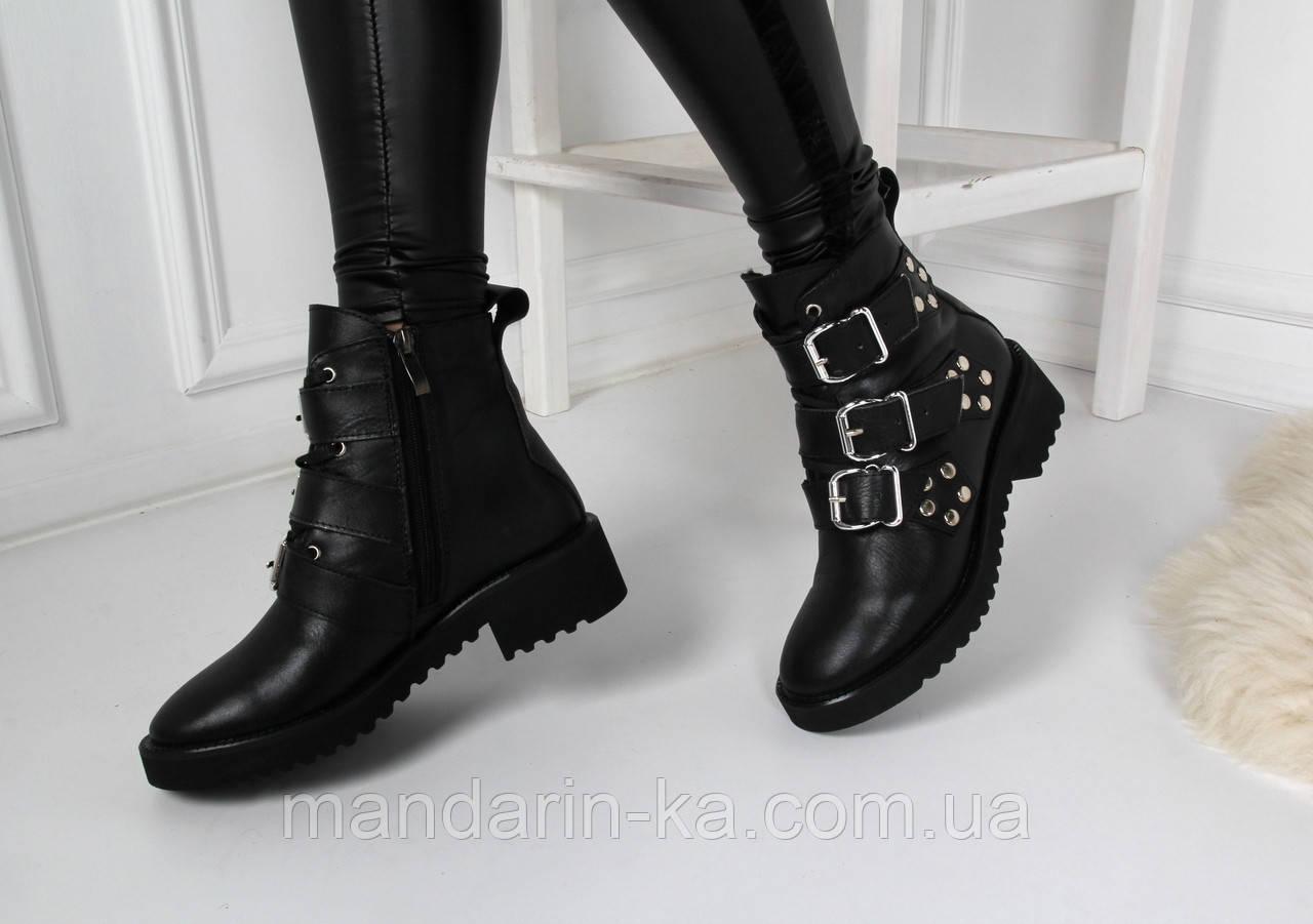 Женские зимние  ботинки черные  Джо джо