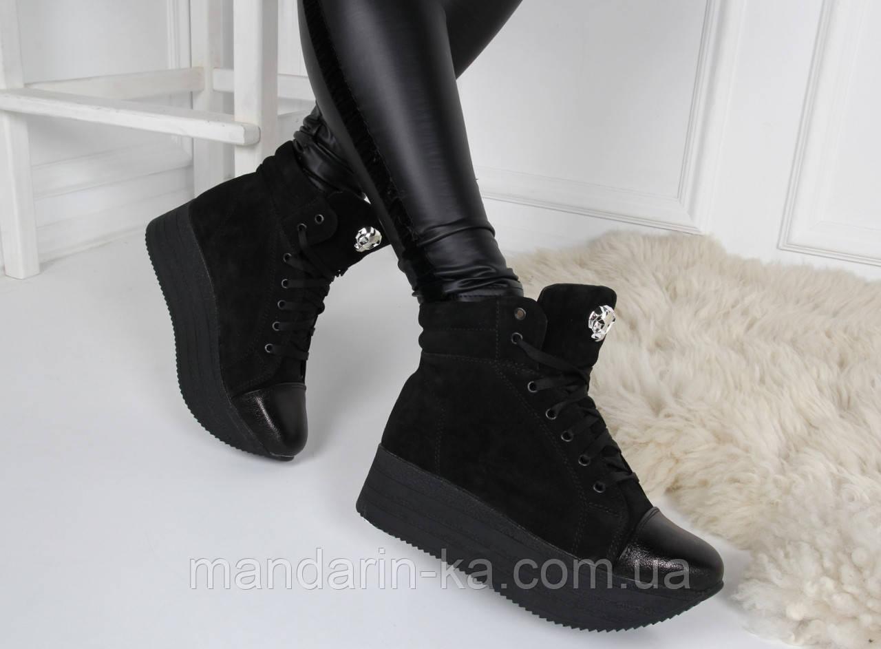 Женские зимние  ботинки черные  натуральная  замша