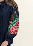 Женская вышитая блуза темно-синяя застегивается на пуговицы, фото 4
