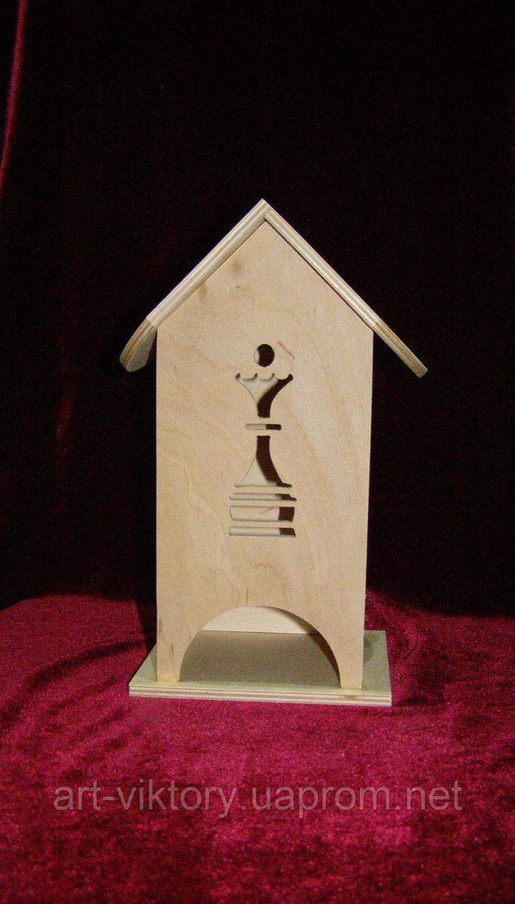 Дерев'яна коробка для чаю Ферзь (10 х 10 х 23 см)