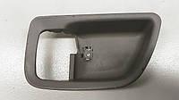 Накладка ручки задніх лівих дверей Mitsubishi Grandis 2008 р. в. MN134449HA