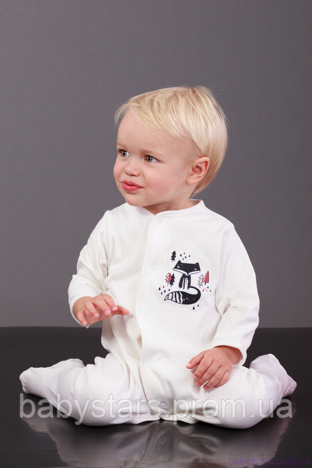 фото малыша в хлопковом человечке