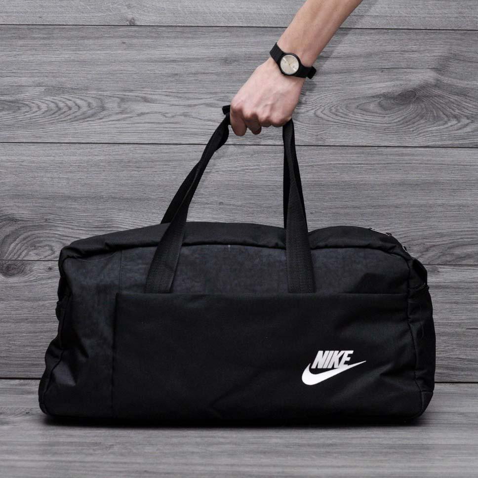 Спортивная, дорожная сумка найк, nike с плечевым ремнем. Черная