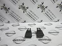 Накладка салазки Nissan Navara D40 (87508 EB00X / 87558 EB00X), фото 1