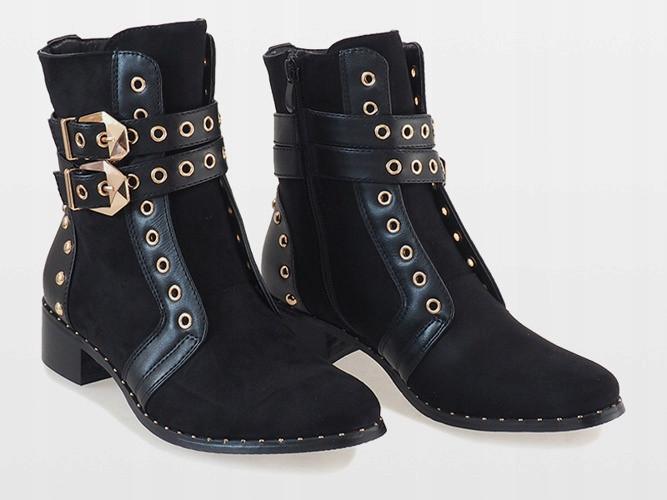 Демисезонные женские ботинки с золотистыми пряжками