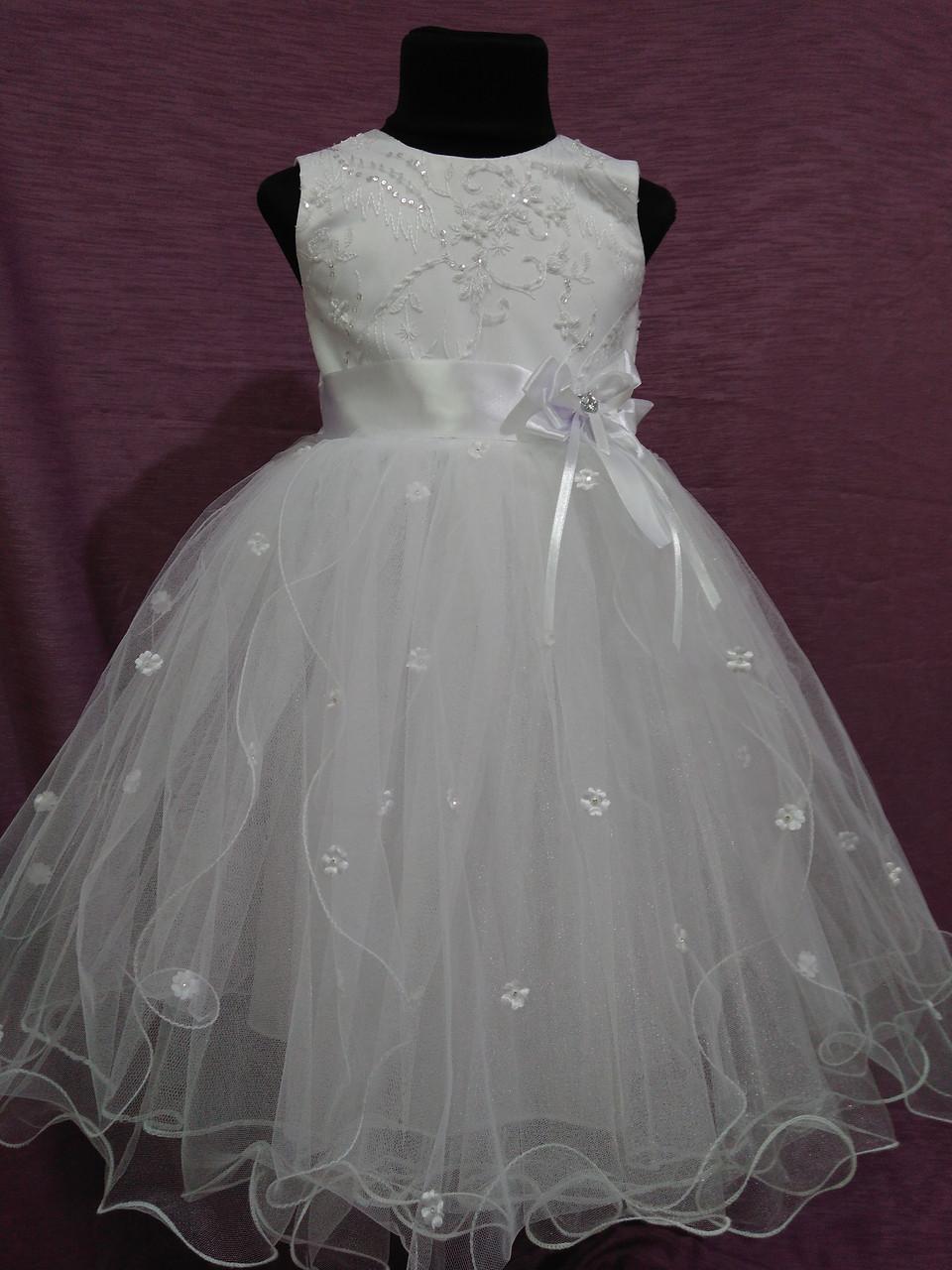 Платье детское нарядное с пышной юбочкой на 4-6 лет белое