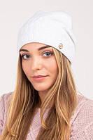 Красивая вязаная шапка женская на флисе