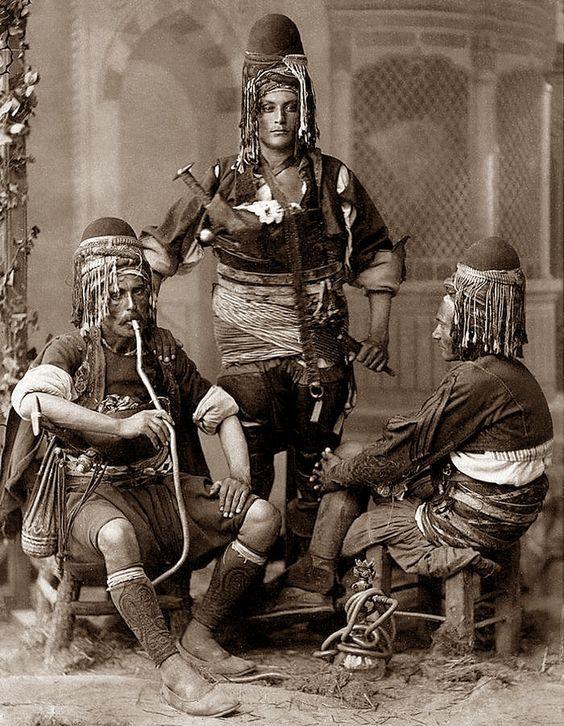 историческое фото кальн курения