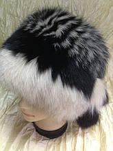 Меховая песцовая шапка двухцветная черная с бежевым