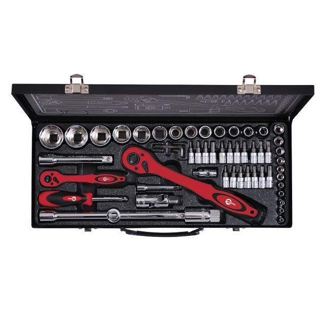 Профессиональный набор инструментов INTERTOOL ET-6056