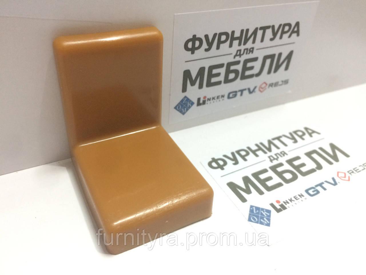 Уголок металлический  Регулируемый S=1,4 мм+ пластиковая накладка 38*50*52 мм: ОЛЬХА