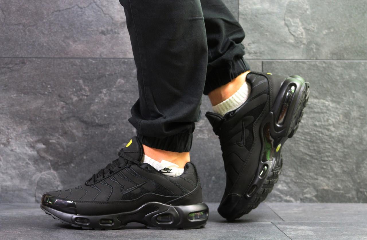Кроссовки мужские Nike Air Max Tn на зиму теплые спортивные удобные на каждый день (черные), ТОП-реплика