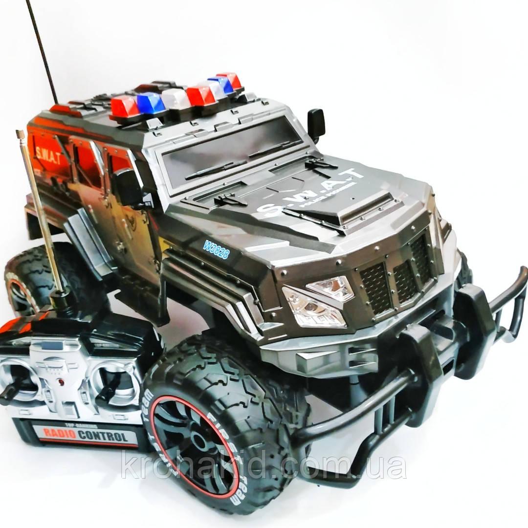 Машина на радиоуправлении (р/у) военный джип /полицейская SWAT W3828 аккумулятор 6V 700 МаЧ