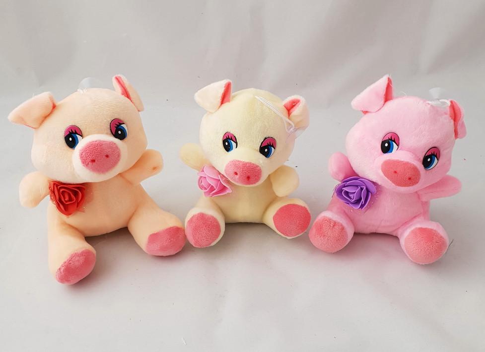 Мягкая игрушка свинка с розой (музыка). Символ 2019 года
