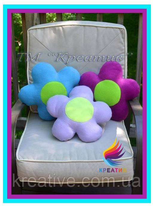 Корпоративный подарок флисовая подушка игрушка с вашим логотипом под заказ (от 50 шт.)
