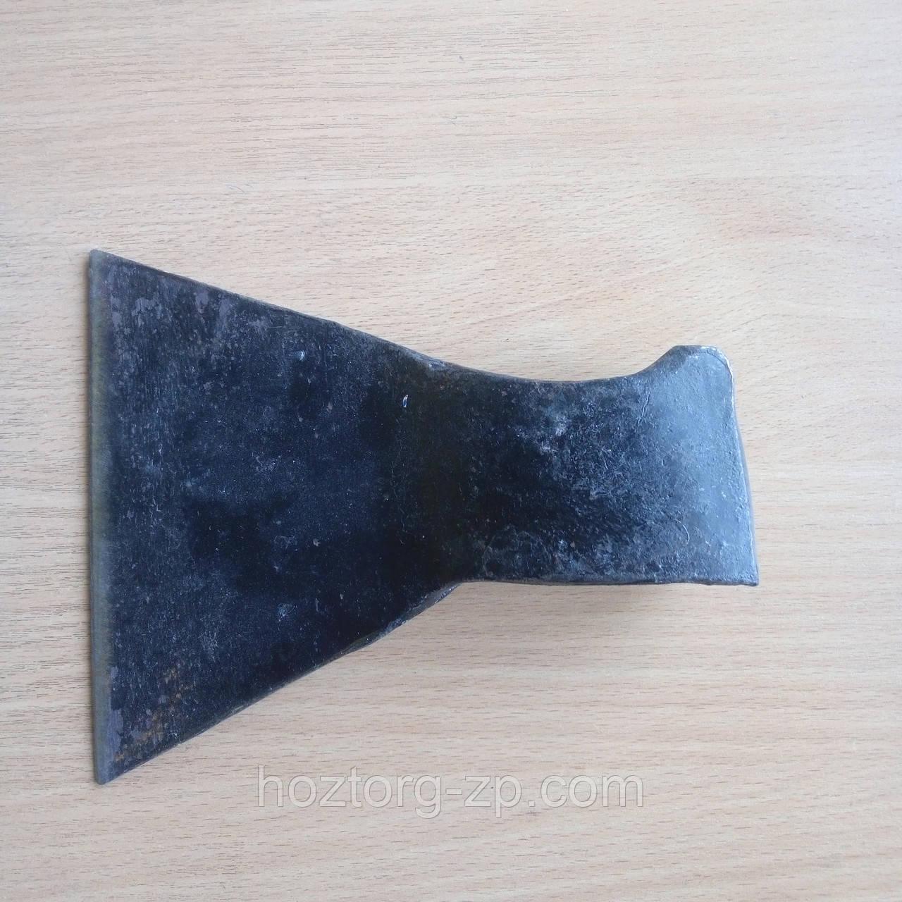 Топор кованый  1,10 кг