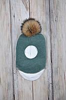 Шапка- шлем с бубоном из чернобурки, изумруд