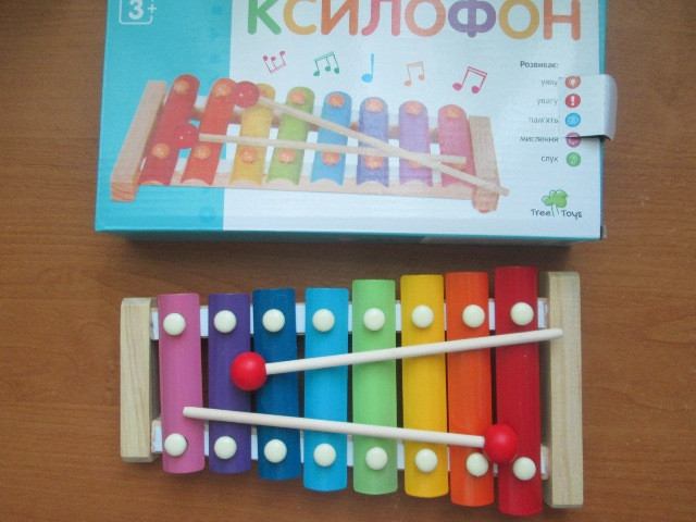 Дитячий ксилофон ( металофон)