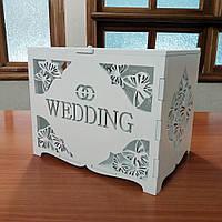 Деревянный свадебный сундук
