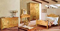 Мебель из массива в стиле Кантри для спален и жилых комнат