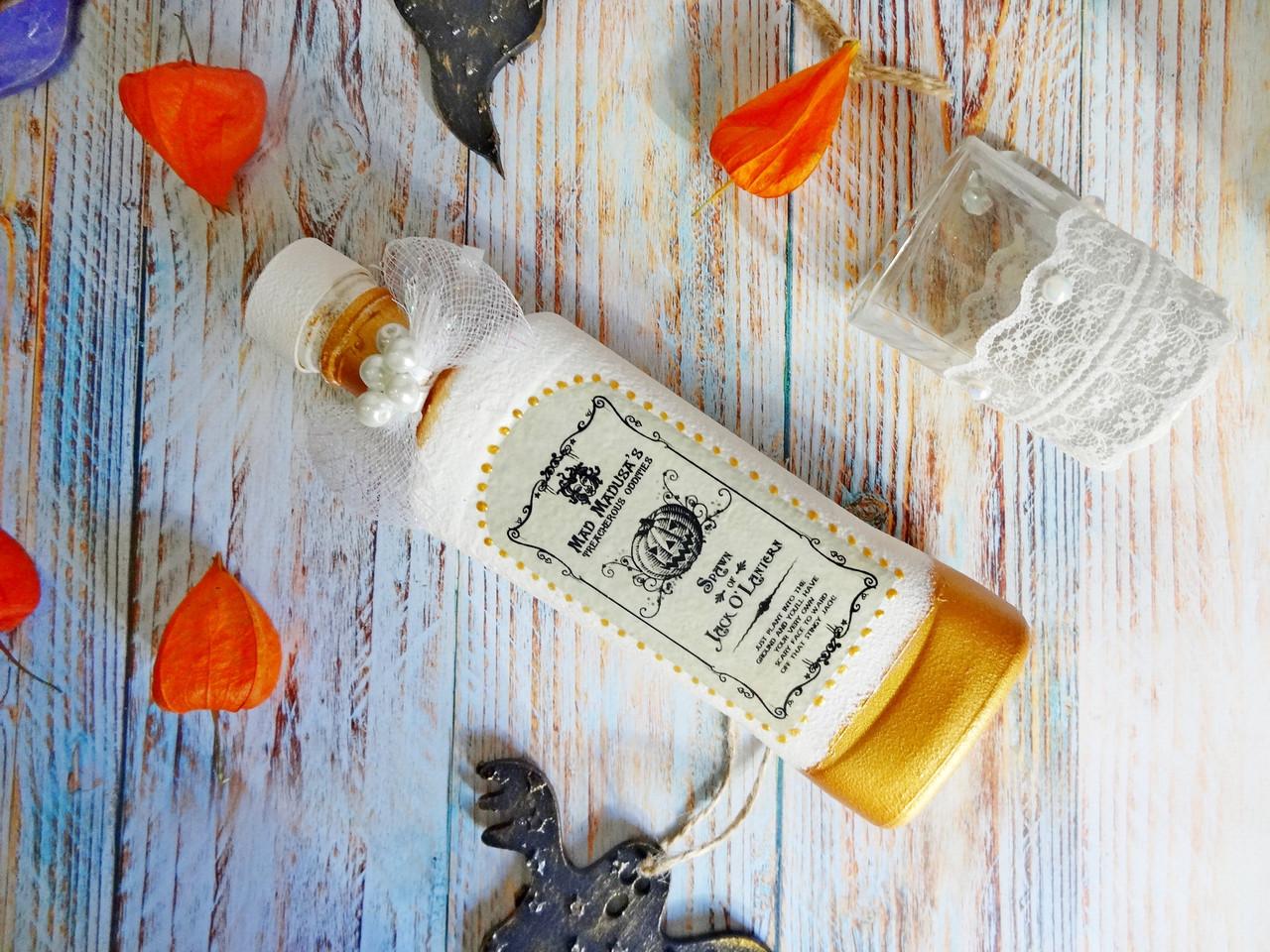 Белая красная магическая бутылка Helloween. Подарок, декор, атрибут, украшение на Хэллоуин