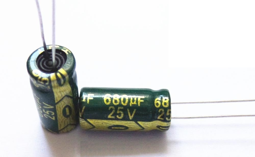 Конденсатор 680uf 25v 680Мкф 25в 8*16 105C