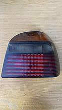 Задний фонарь Volkswagen Golf 3 Hella 0163278 ( R )