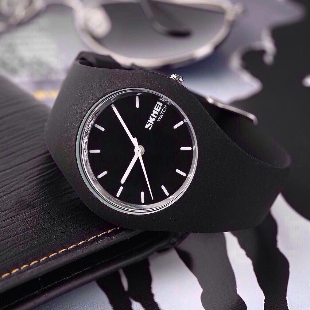 Skmei  9068 rubber  черные женские  классические часы