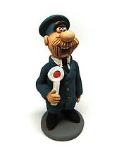 Фигурка из керамики Железнодорожник