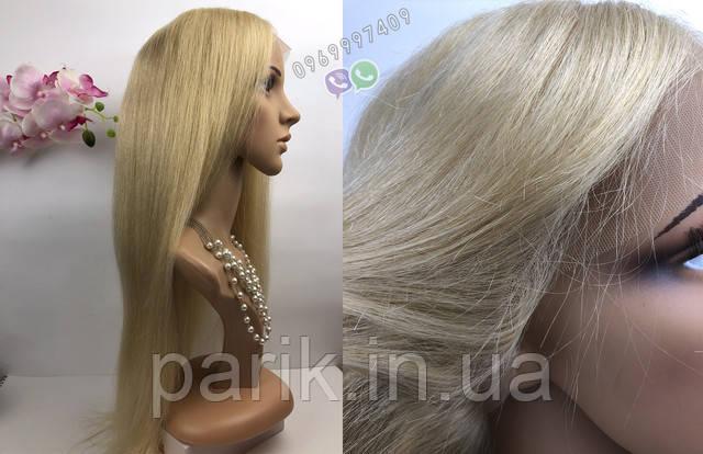 Парик блонд на сетке на манекене