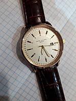Часы Patek Philippe 4297 на батарейке мужские золотистый корпус белый циферблат календарь 4,5 см копия