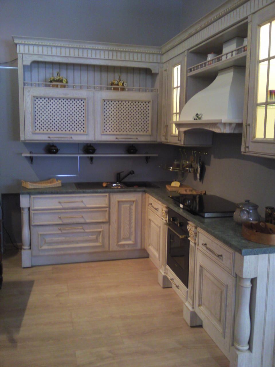 """Кухня классическая  """"Кэмбридж"""". Деревянные фасады из Ясеня."""