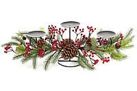 Новогодний подсвечник на три свечи с декором из хвои, шишек и красных ягод 71см (758-340)