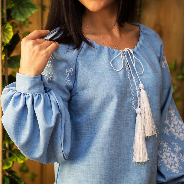Женские блузы с вышивкой Звезда белая