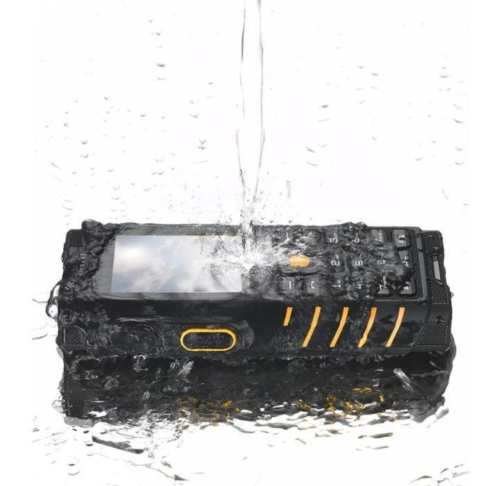 Land Rover (IOUTDOOR) T2  - противоударный телефон